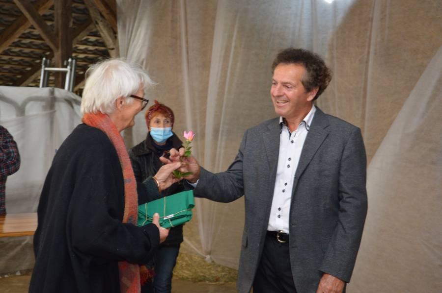 biodinamicna_kmetija_cernelic_podelitev_evropskega_priznanja (40)