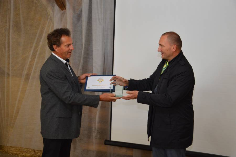 biodinamicna_kmetija_cernelic_podelitev_evropskega_priznanja (55)